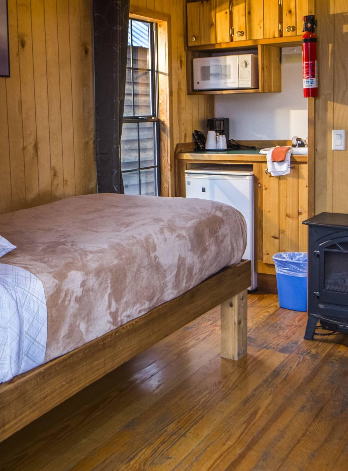 5_Bed_Kitchen.jpg